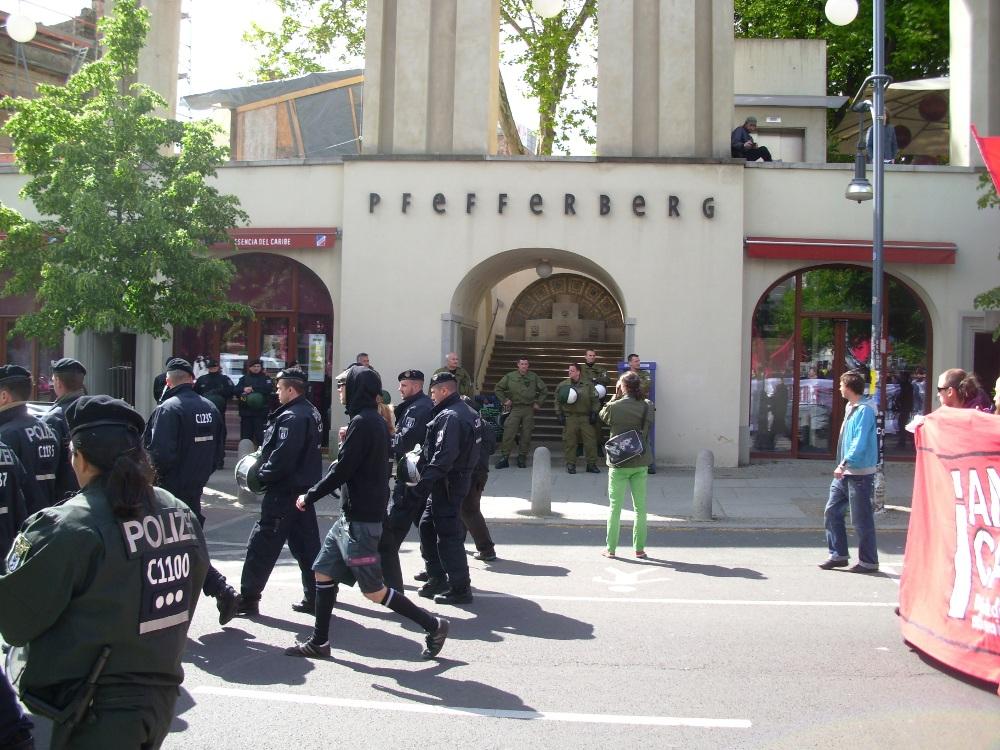Polizei vor\'m Pfefferberg