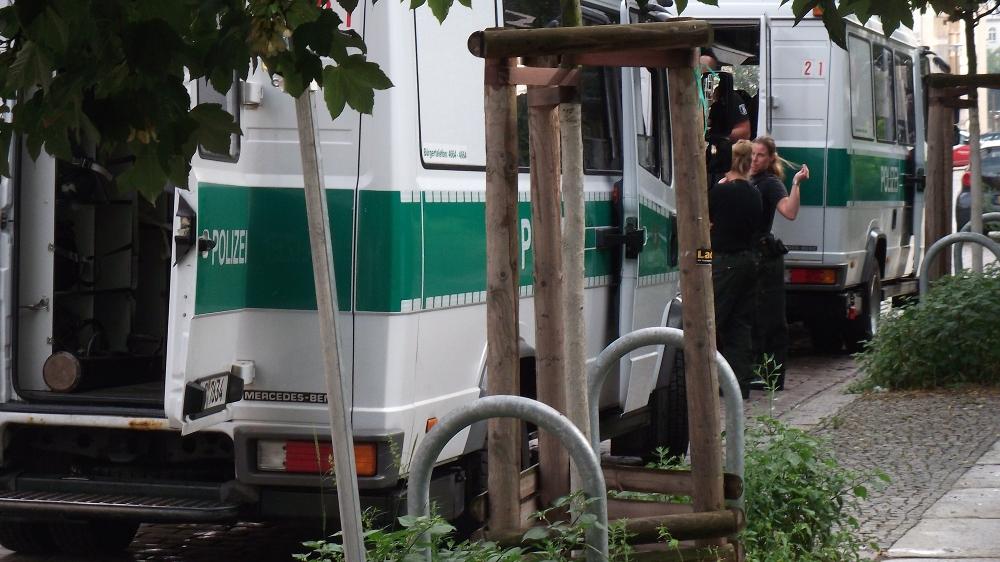 Polizistinnen am 29.7.12 in der Christinenstr.